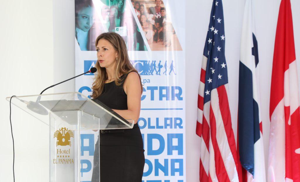 Su Excelencia, Anna-Karine Asselinm, Embajadora de Canadá en Panamá. La foto es cortesía de la Embajada de EE.UU.